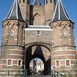 Discover Haarlem's Sights and Attractions like the Amsterdamse Poort – the ancient gate to Amsterdam from Haarlem
