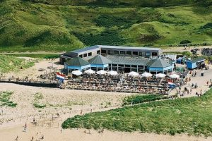 Parnassia aan zee is the best Bloemendaal beach experience for the whole family.